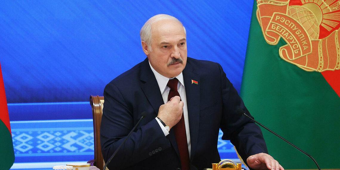 Лукашенко отказал Украине в поддержке в Донбассе