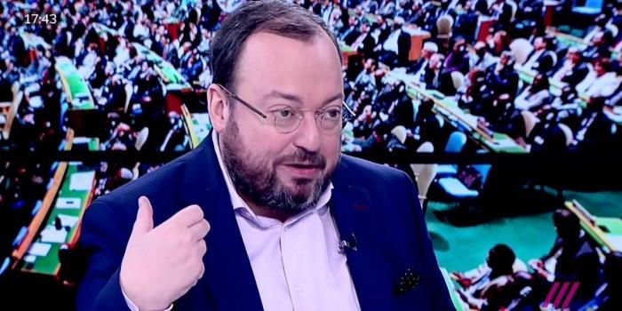 """Телеканал """"Дождь"""" отцензурировал слова Белковского об ответственности Доктора Лизы за войну в Сирии"""