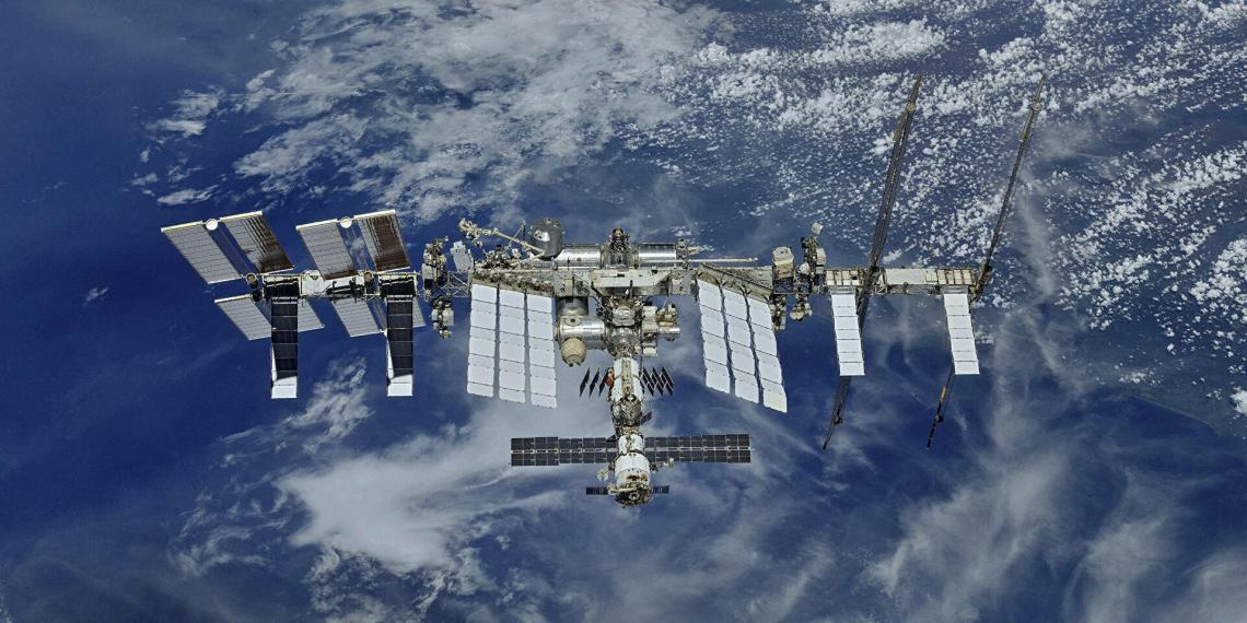Американцы провели тайный запуск спутника с МКС