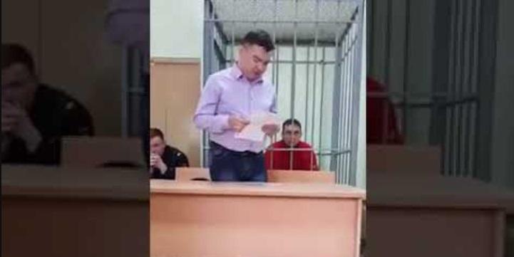 """""""Ничего хорошего не могу сказать"""": защитительная речь удмуртского адвоката в суде рассмешила сеть"""