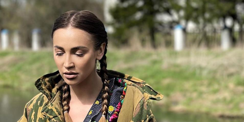 """Бузова решила """"переехать в Беларусь"""". Звезда стала наставницей местного """"X-Фактора"""""""