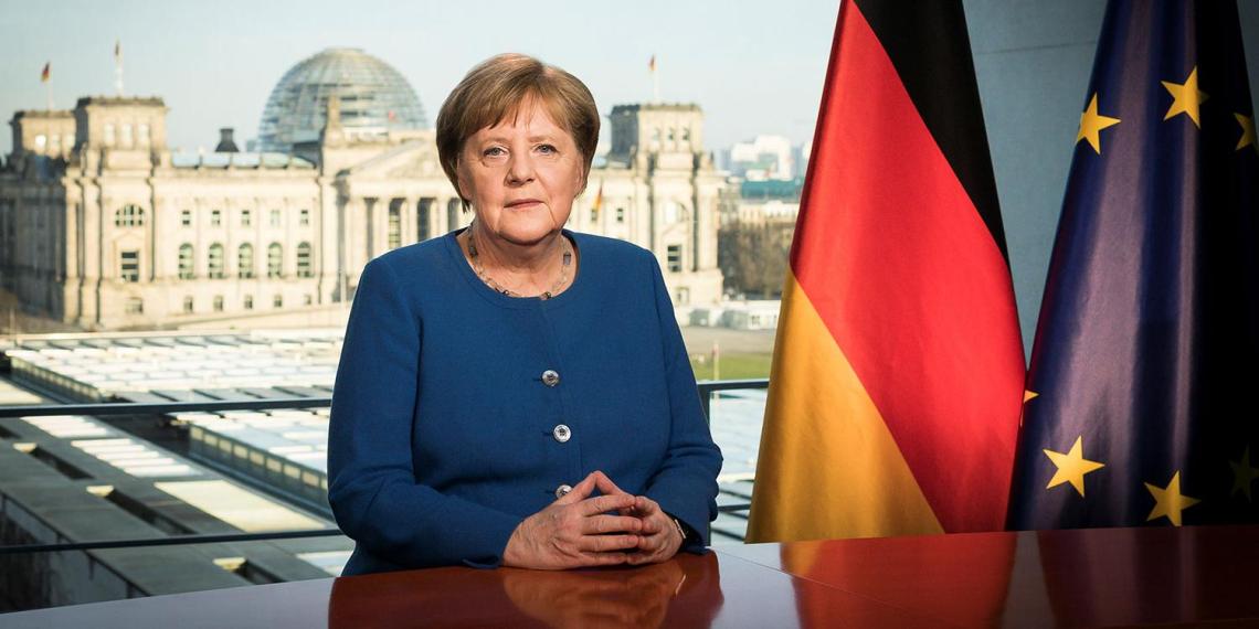 Меркель дала своему преемнику совет по диалогу с Россией