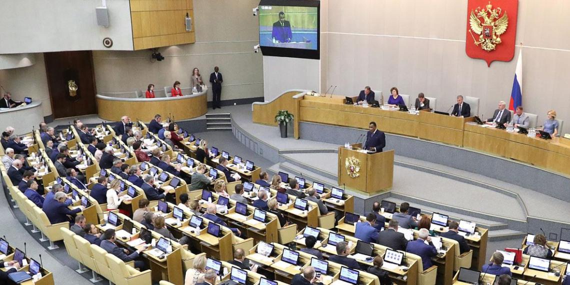 В Госдуме предложили ввести уголовную ответственность за мат в общественном месте