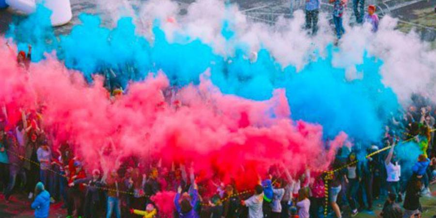 День флага России отметят масштабным Фестивалем красок