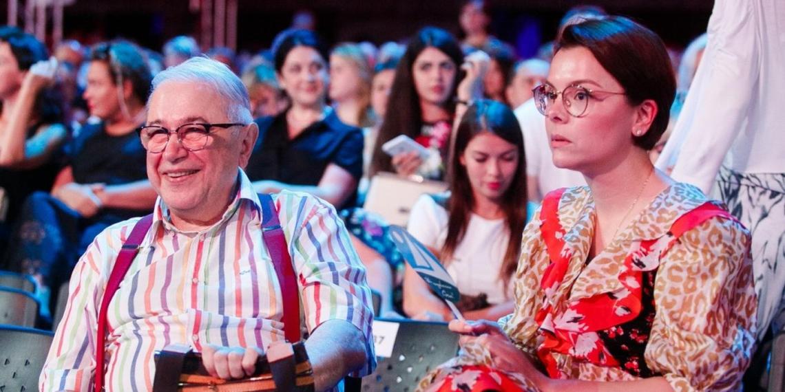 """""""Отвалите уже от меня"""": молодая жена Петросяна нагрубила подписчикам"""