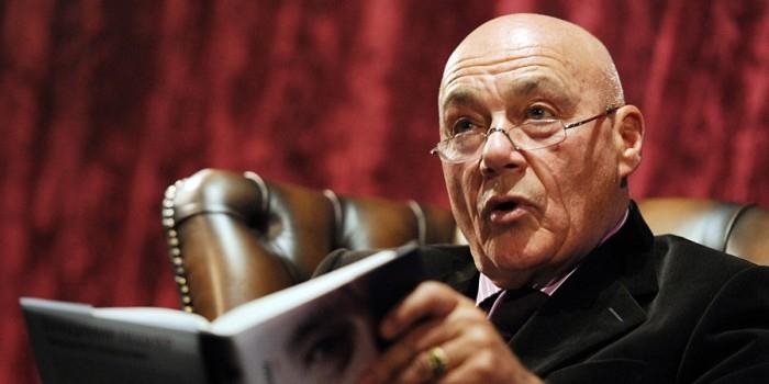 В РПЦ ответили Познеру на вопрос о законности атеизма