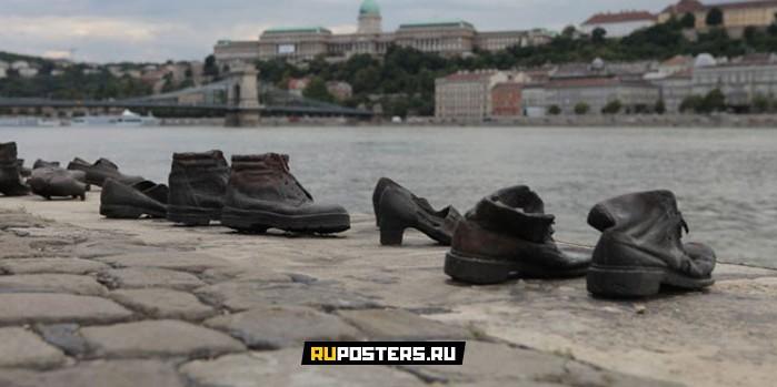10 самых грустных памятников в мире
