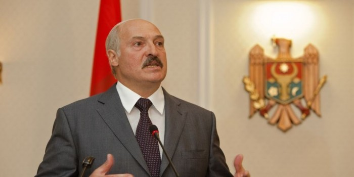 """""""Ему тоже придется заплатить"""": Лукашенко отреагировал на позицию Медведева по ценам на газ"""