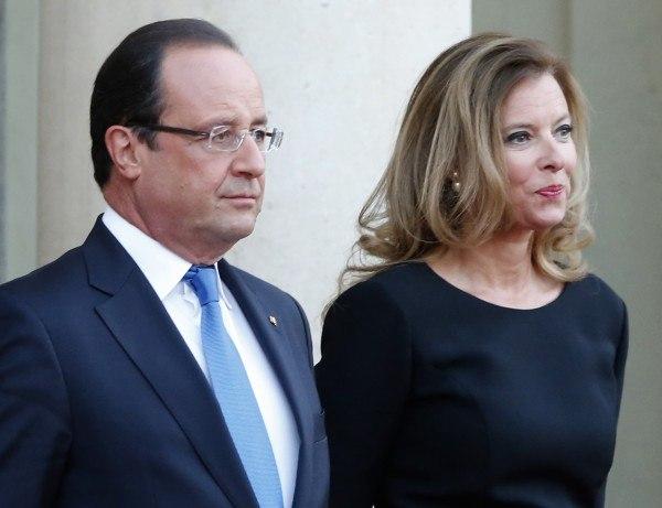 Французского журналиста уволили за твит о гражданской жене президента Олланда