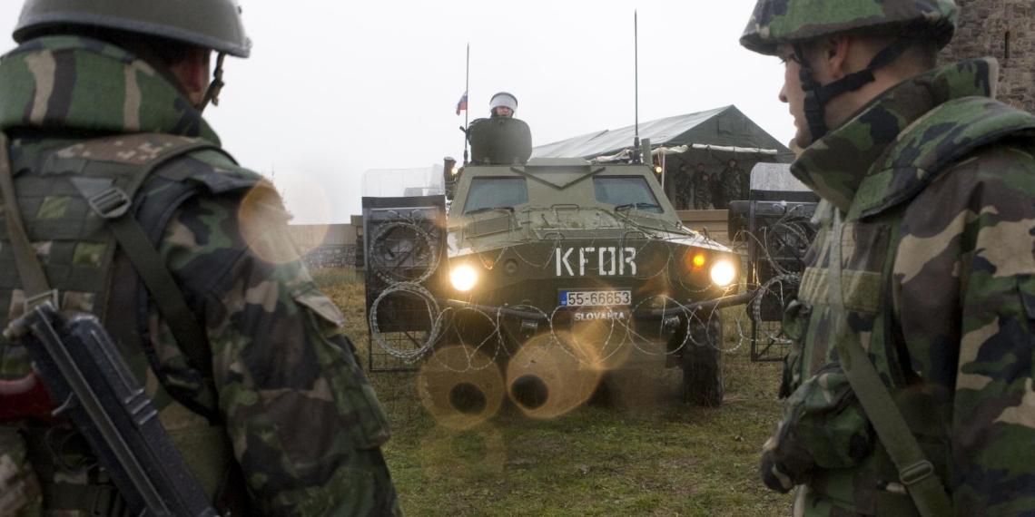 Россия потребовала от НАТО утихомирить радикалов в Косове