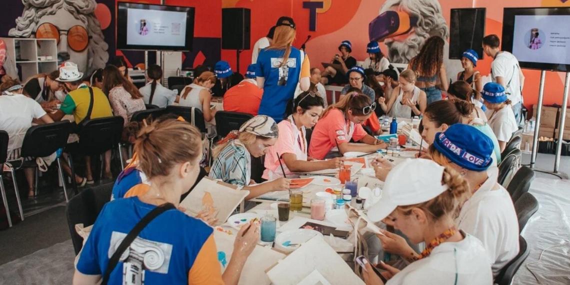 """Кириенко о """"Тавриде – АРТ"""": фестиваль дает неограниченные возможности творческой молодежи страны"""