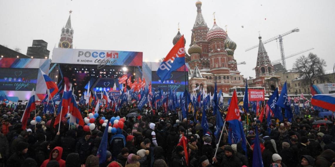"""По всей стране стартовала акция """"Россия в моем сердце"""""""