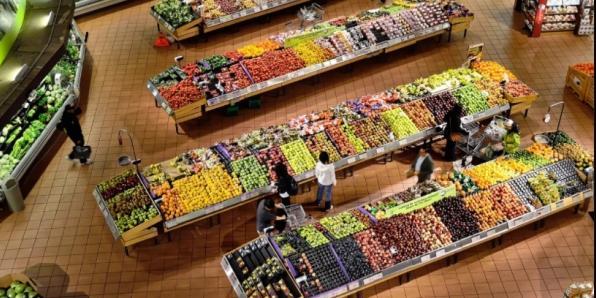 """""""Единая Россия"""" представит список регионов, где не ведется работа по снижению цен"""