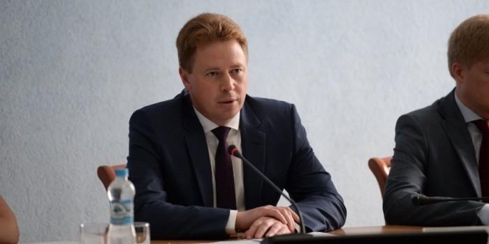 Овсянников уволил главу департамента строительства из-за плохих квартир для ветеранов