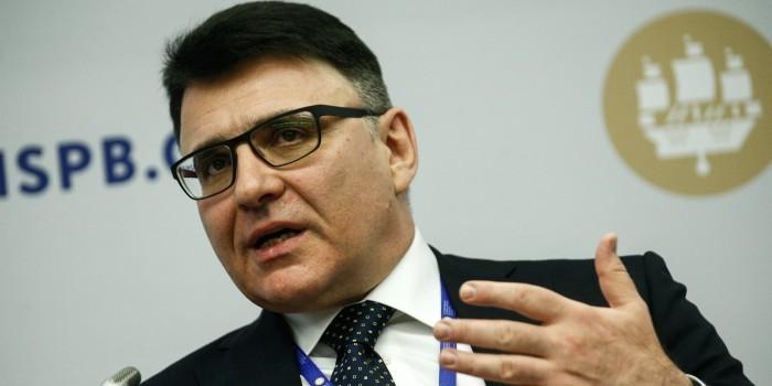Глава Роскомнадзора посоветовал пускать детей в интернет с 10 лет