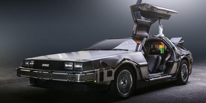 """DeLorean возобновит выпуск машин времени из """"Назад в будущее"""""""