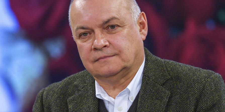 """""""Сдают нервишки"""": Киселев прокомментировал скандал между Ургантом и Соловьевым"""