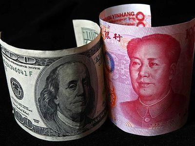 От доллара к юаню: чем больше Россия откажется от американской валюты, тем стабильнее будет экономика