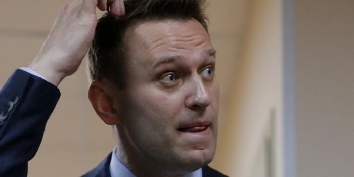 Суд обязал Навального опровергнуть заявления об Усманове