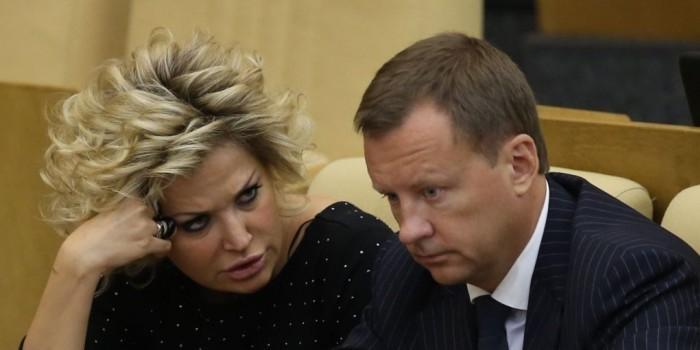 """Бастрыкин назвал """"низостью"""" принятие гражданства Украины сбежавшим из страны Вороненковым"""