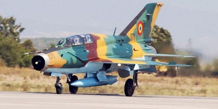 """Министр обороны Великобритании похвалил румынских летчиков за защиту от """"российской агрессии"""""""