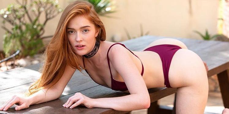 """Самые горячие фото россиянки, завоевавшей """"Порно-Оскар"""" за групповой секс с негром"""