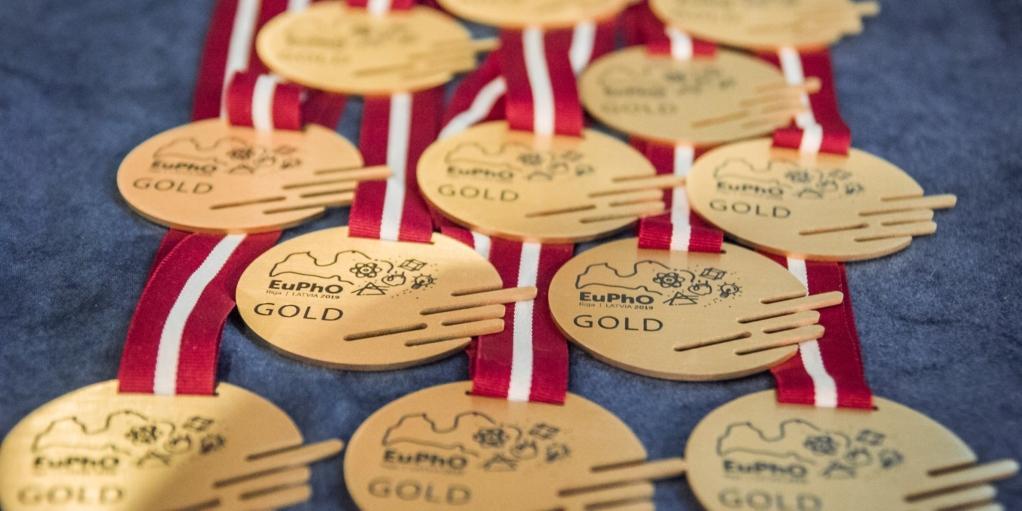 Российские школьники выиграли три золота Европейской олимпиады по физике