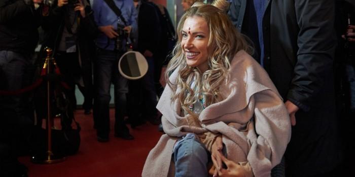 """Юлия Самойлова впервые появилась на публике после скандала с допуском к """"Евровидению"""""""