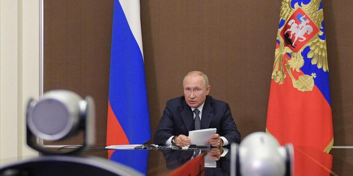 Путин поздравил Всероссийский студенческий корпус спасателей с 20-летием