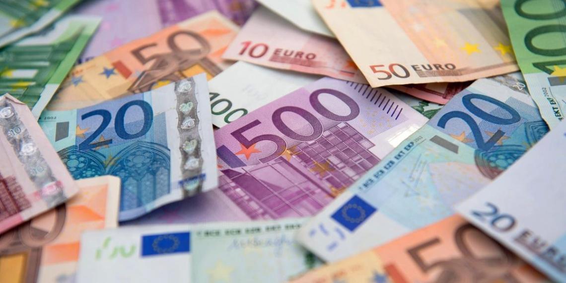 В ЕС планируют запретить наличные платежи на сумму более 10 тысяч евро