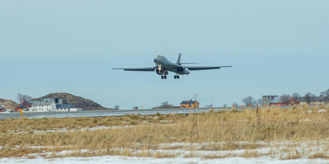 США разместили в Норвегии крыло стратегических бомбардировщиков B-1
