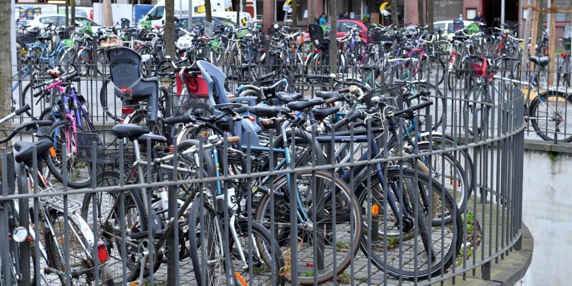 Сотрудника российского консульства в Страсбурге обвинили в краже велосипедов на 100 тыс. евро