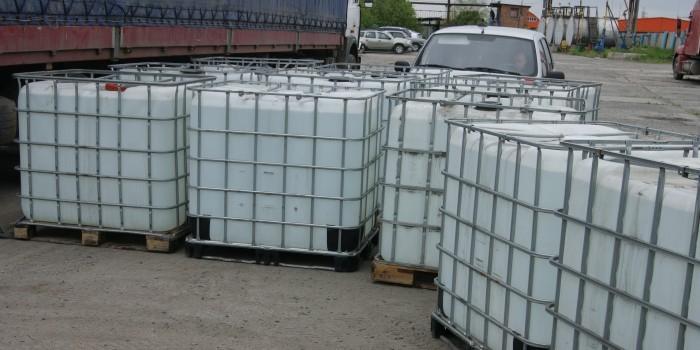 В Омске полицейские нашли 26 тонн контрабандного спирта по запаху