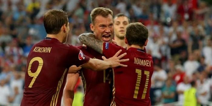1% россиян продолжает верить в триумф сборной России на Евро-2016