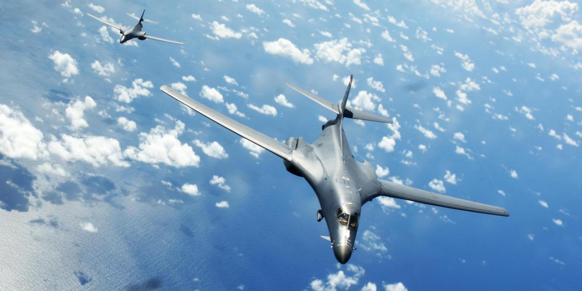 США впервые направили в Норвегию стратегические бомбардировщики B-1B для полетов у границ России