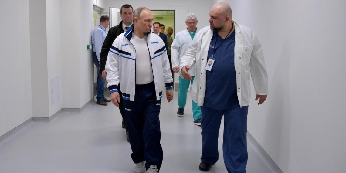 Путин оценил работу медиков больницы для пациентов с коронавирусом