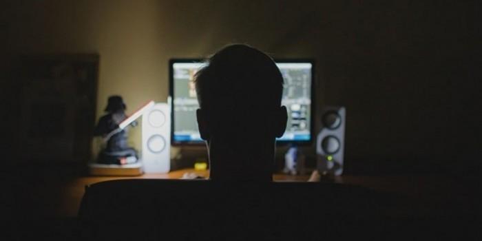 Хакер опроверг причастность России ко взлому серверов Демпартии США