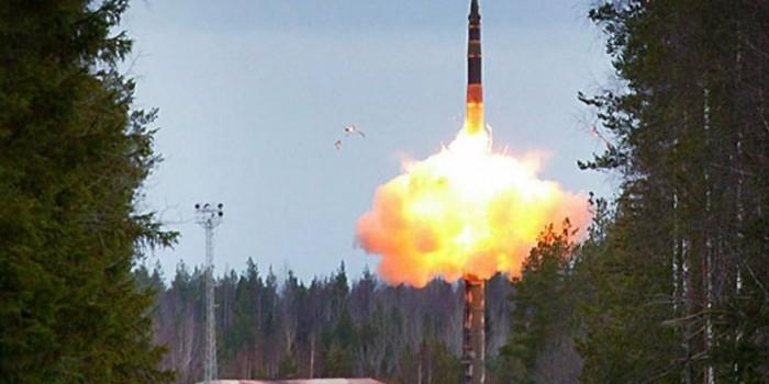 Ракета «Тополь», запущенная с полигона «Капустин Яр», успешно поразила цель в Казахстане