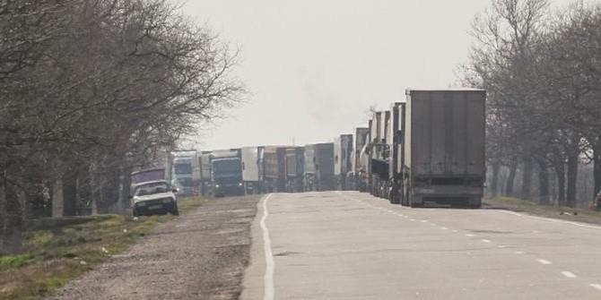 Украина пообещала Евросоюзу организовать транзит российских фур