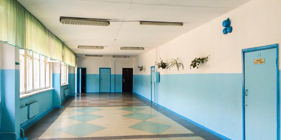 Все российские школы закроются на карантин с 23 марта