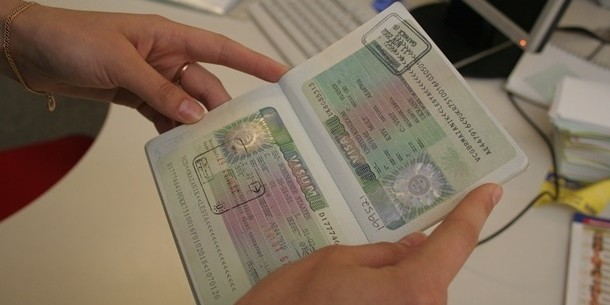 Украинцам стали чаще отказывать в шенгенских визах из-за фальсификаций