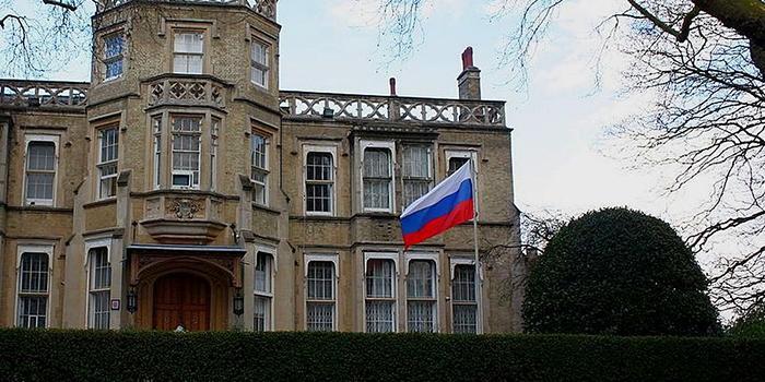 Посольство России в Лондоне поиронизировало над статьёй The Times о выводе войск из Сирии
