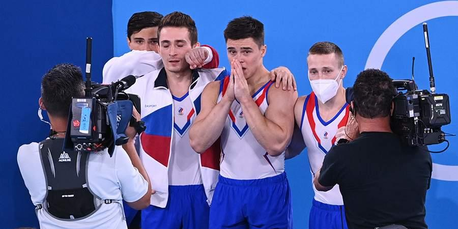 Российские гимнасты завоевали золото в командном многоборье на ОИ-2020