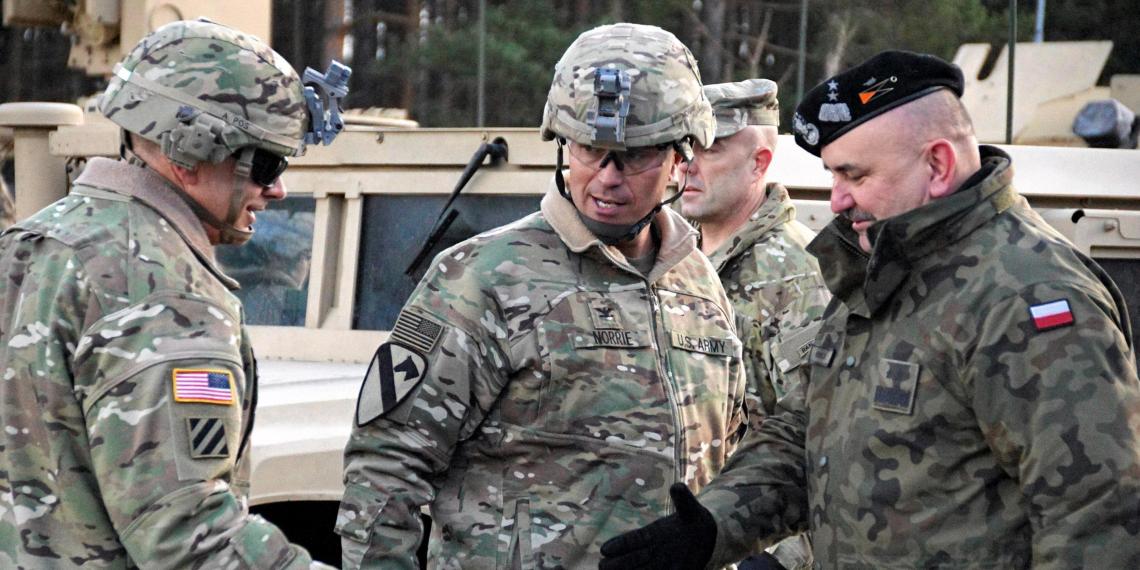 США решили перебросить в Польшу в два раза больше военных