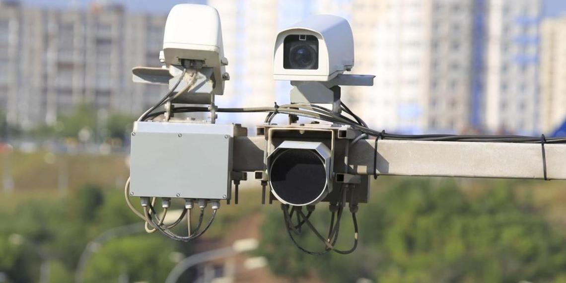 Дорожные камеры начали автоматически штрафовать россиян еще за одно нарушение