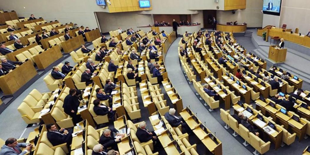 Минцифры поддержало инициативу законодательно урегулировать размещение социальной рекламы в интернете