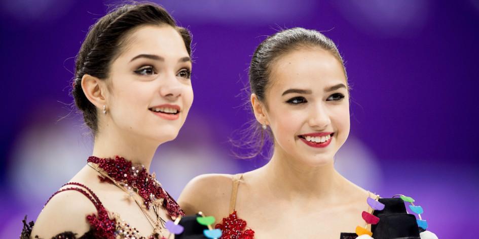 Медведева и Загитова попали в состав сборной России на следующий сезон