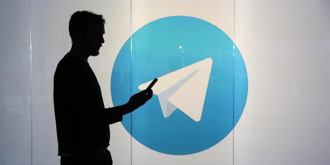 Роскомнадзор объявил о снятии ограничений с Telegram в России