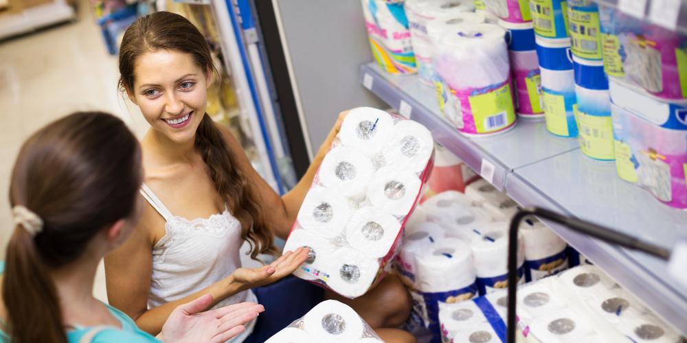 Покупатель нагадил посреди магазина и даже не заплатил за использованную туалетную бумагу