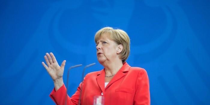 Меркель признала, что ЕС нужна помощь России для решения проблемы беженцев